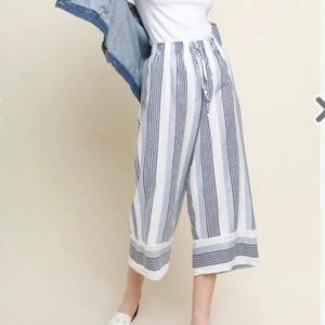 Umgee Striped Gaucho Pants White Blue Size Small